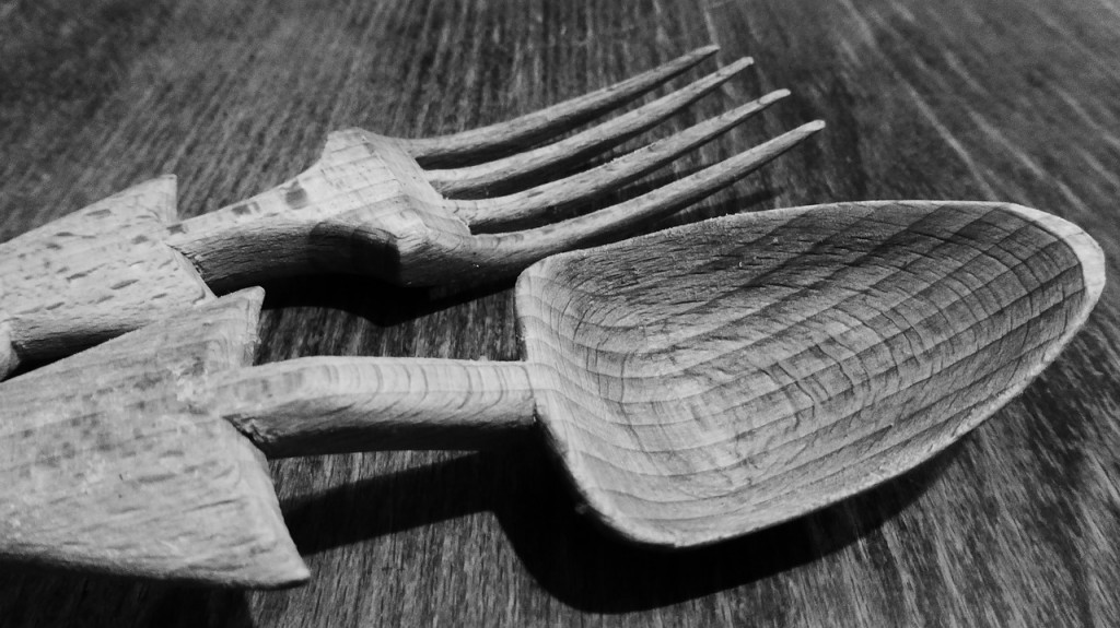 cutlery-498479_1280