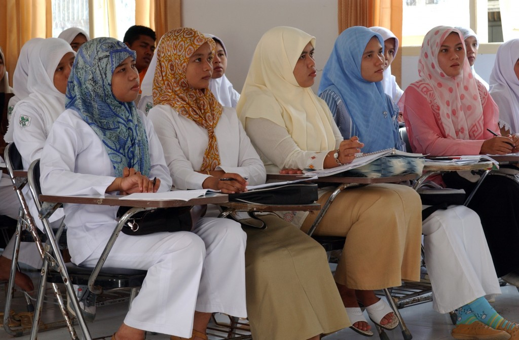 050223-N-8796S-135 Banda Aceh, Sumatra, Indonesia (Feb. 23 2005) Ð Indonesian nursing students at the University Hospital in Banda Aceh on the island of Sumatra, Indonesia, listen to a lecture given by U.S. Navy nurses, assigned to the Military Sealift Command (MSC) hospital ship USNS Mercy (T-AH 19), on proper diabetes care and treatment. Mercy is serving as an enabling platform to assist humanitarian operations ashore in ways that host nations and international relief organization find useful. Mercy is currently off the waters of Indonesia in support of Operation Unified Assistance, the humanitarian relief effort to aid the victims of the tsunami that struck Southeast Asia. U.S. Navy photo by Photographer's Mate 2nd Class Timothy Smith (RELEASED)